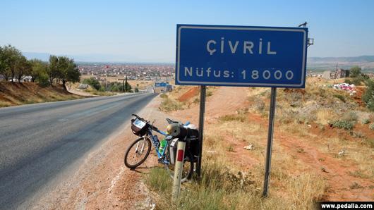 17'den 7'ye Bisiklet Turu 8.Gün (Karahallı – Keçiborlu)